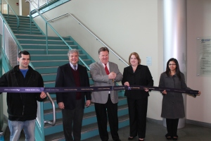 On Thursday, March 21, Goodwin College dedicated its busiest staircase to CohnReznick LLP. The accounting firm recently made a pledge of $25,000 to the Goodwin College Foundation. Pictured from left to right are Goodwin College student Justin Perez, Goodwin President Mark Scheinberg, CohnReznick Partner Frank Sambor, student Maura Callahan, and student Shital Shah.