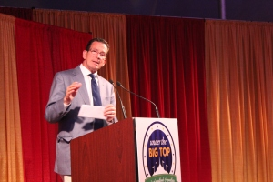Gov. Dannel Malloy addresses the Gala audience.